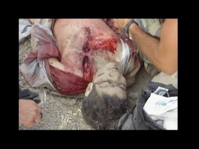Omar Khadr tiré à bout portant par l'armée Américaine.